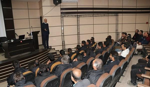 کلاس آموزشی ارتباط موثر ويژه پرسنل شرکت خدماتی شهرک صنعتی بزرگ شیراز
