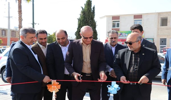 افتتاح پمپ بنزین شهرک صنعتی بزرگ با حضور فرماندار شیراز