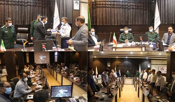 نشست فرمانده های پایگاه های بسیج کارگری ناحیه بقیه الله(عج)/ تقدیر از پرسنل انتظامات شهرک