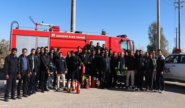 مانور اطفا حریق ویژه پرسنل شرکت خدماتی شهرک صنعتی بزرگ شیراز