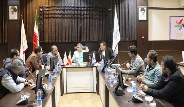 جلسه بررسی و رفع مشکلات تردد تانکر ها و میکسرهای شرکت های تولید بتن اماده شهرک صنعتی بزرگ شیراز